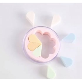Clover Beauty Blender - Cream