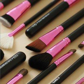 110 Angled Face Brush
