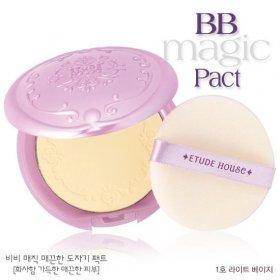 BB Magic Pact (01 Light Beige)