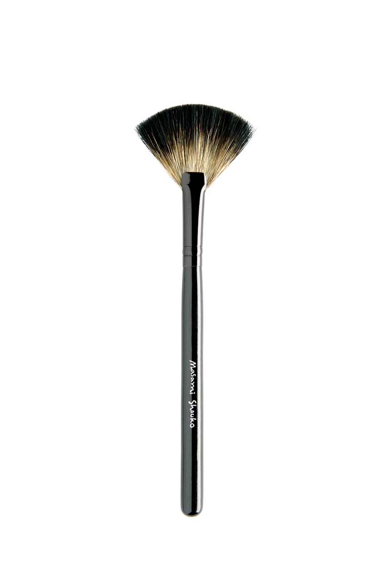 Masami Shouko - 106 Small Fan Brush